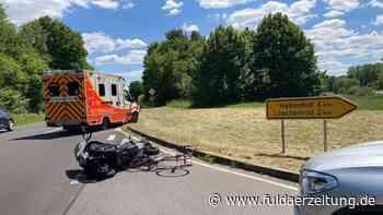 Fahrrad kollidiert mit Motorrad bei Eichenzell - Fahrer schwer verletzt | Fulda - Fuldaer Zeitung