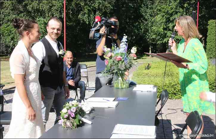 """Björn en Karen trouwen in het Reinaertpark: """"Droom in vervulling dankzij corona"""""""