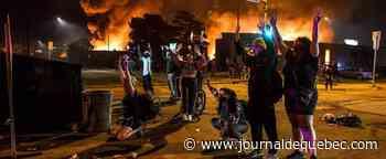 Décès de George Floyd: nouvelle nuit de colère aux États-Unis, malgré l'inculpation d'un policier