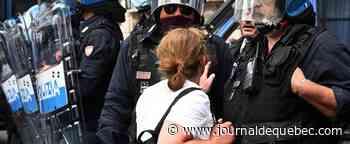 Rome: manifestation tendue contre le gouvernement Conte