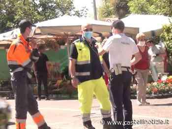 (FOTO) VELLETRI, Mercato del Giovedì: tanti gli ambulanti, discreto l'afflusso regolato da Polizia Locale e Protezione Civile - Castelli Notizie