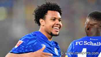 Weston McKennie honors George Floyd with special message in his armband during Schalke's Bundesliga match