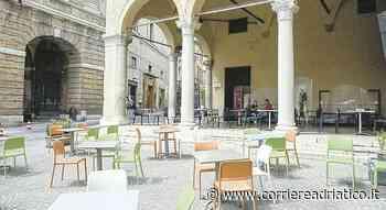 Macerata, orari allungati per i negozi riaperti? «No, grazie. Mancano clienti e... - Corriere Adriatico