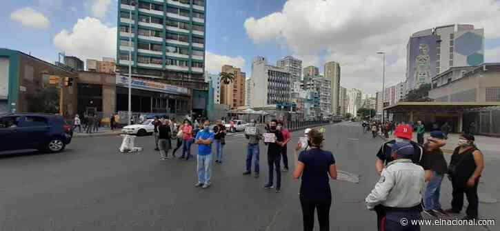 En Caracas protestaron por falta de luz y agua