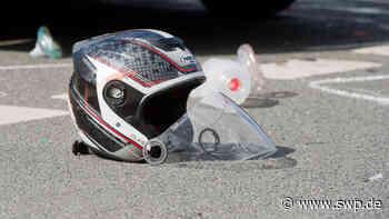 Unfall B28: Schwerer Verkehrsunfall bei Dettingen - Bundesstraße gesperrt - SWP