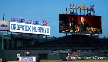 Bruce Springsteen e Dropkick Murphys tocam juntos em estádio vazio - R7
