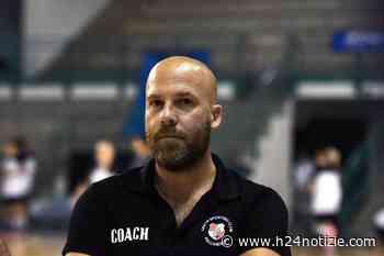 Pallamano, Gaeta: un addio sentito, il coach Onelli saluta l'ambiente - h24 notizie