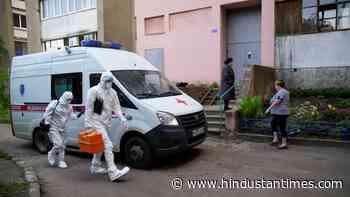 Russia records nearly 9,000 new coronavirus cases - Hindustan Times