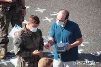 Covid-19 - L'application de tracing StopCovid testée par des soldats d'Olivet - La République du Centre