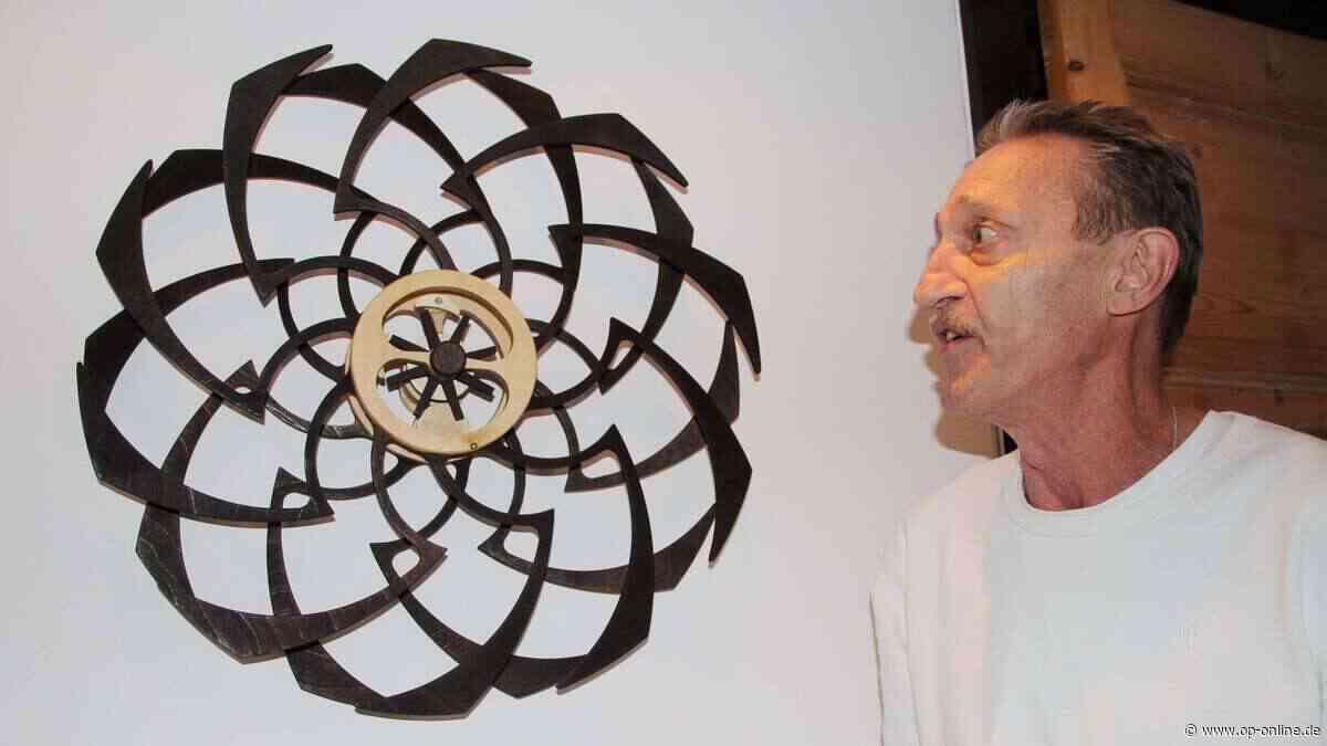 Zu Besuch im Atelier von Holzkünstler Martin Fleischmann - op-online.de
