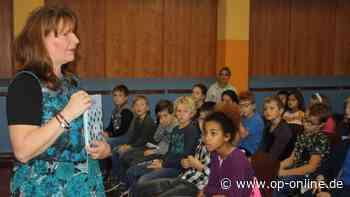 Kinderbuchautorin Gabi Deeg zu Gast in der Schule im Kirchgarten - op-online.de