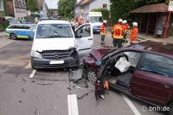 Karlsbad-Langensteinbach - Vier Verletzte nach Verkehrsunfall - BNN - Badische Neueste Nachrichten