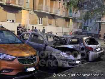 RIVOLI - Dopo mesi, le auto tornano ad essere distrutte dalle fiamme - FOTO - QV QuotidianoVenariese