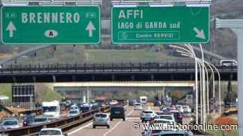 Incidente in A22, scontro tra due mezzi pesanti: grave un autista, code e traffico in autostrada - Motorionline