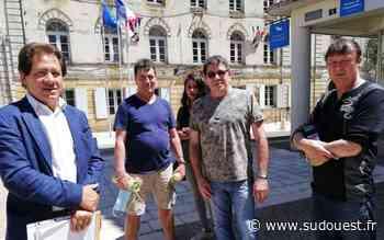 """Bergerac : """"déplacés"""", des commerçants du marché protestent - Sud Ouest"""