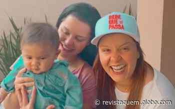 """Maiara e Maraisa conhecem filho de Marilia Mendonça: """"Dono da p. toda"""" - QUEM Acontece"""