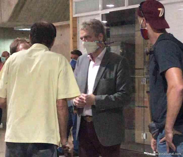Funcionarios de la Dgcim retienen al embajador de Alemania en Maiquetía