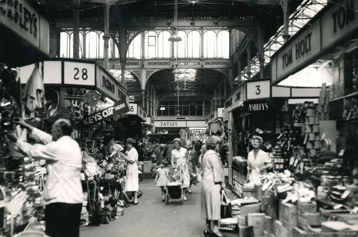 Take a look inside Bolton Market Hall in 1960 - The Bolton News