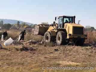 Community members clean up in Craigieburn - Northern Natal Courier