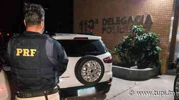 Homem é flagrado com carro roubado em Rio Bonito - Super Rádio Tupi