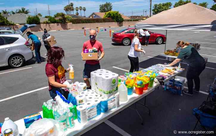 Generous drivers stop by Huntington Beach church with donations for single parents in need