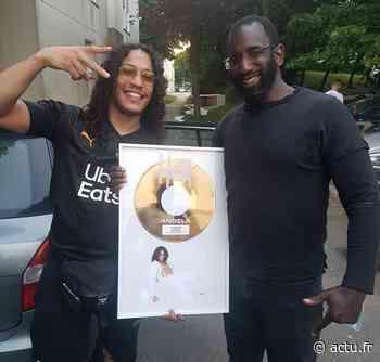 Yvelines. Guyancourt : le rappeur Hatik fête son disque d'or chez lui - actu.fr