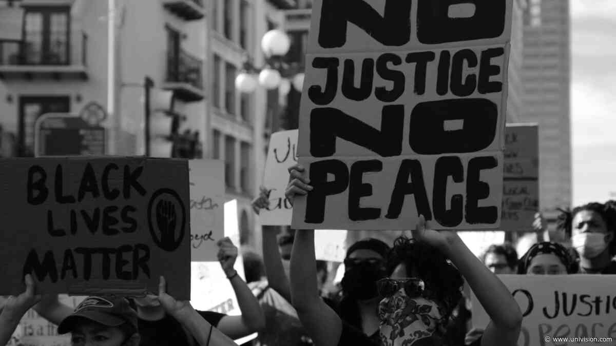 Manifestaciones violentas en San Antonio provocan el cierre del centro de la ciudad - Univision