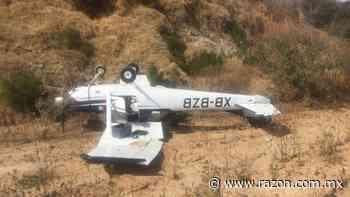 Avioneta se desploma y queda de cabeza en Atizapan de Zaragoza - La Razon