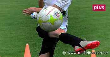 Mit dem Jugendfußballtraining starten oder nicht? Steinbach und Aar sind dabei, Eschenburg wartet - Mittelhessen