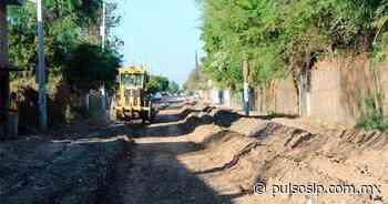 Arreglan calles y caminos de Rioverde - Pulso de San Luis