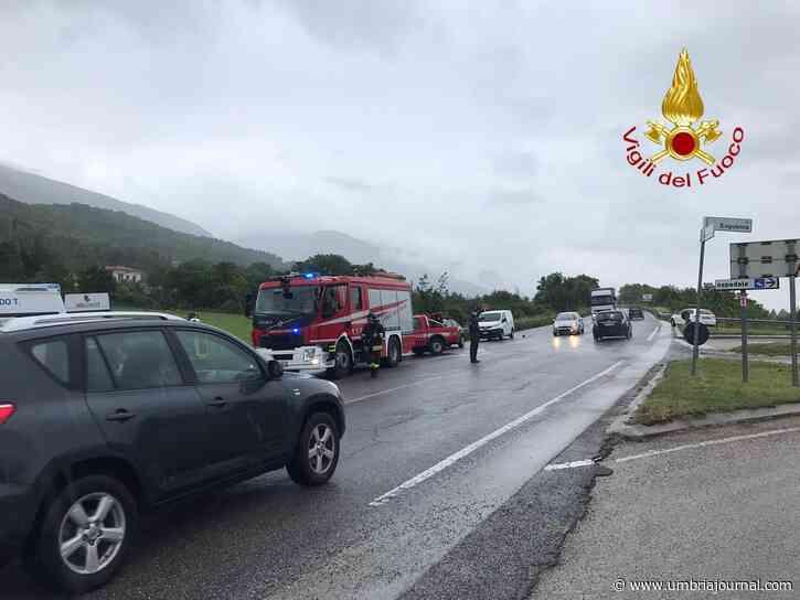 Incidente a Gualdo Tadino, finisce in un fosso, muore uomo - Umbria Journal il sito degli umbri