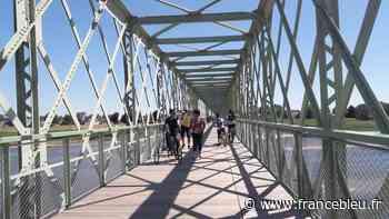 La passerelle cyclistes et piétons entre Sully-sur-Loire et Saint-Père-sur-Loire est ouverte - France Bleu