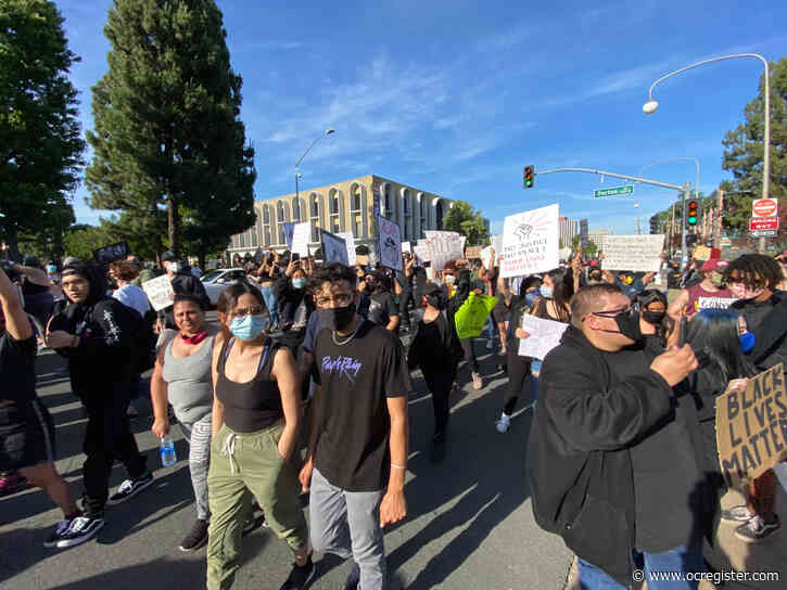 Hundreds protest George Floyd's death ahead of evening curfew in Santa Ana