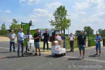 Handgel en gratis gebruik buitenterreinen voor sportclubs (Laarne) - Het Nieuwsblad