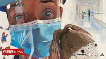 Coronavirus: Leicestershire artist paints portraits for 'NHS heroes'