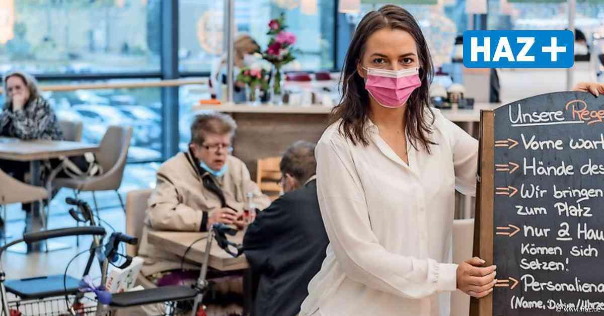 Laatzen: Im Leine Center werden Gäste wieder an Tischen bedient - Hannoversche Allgemeine