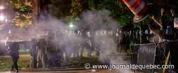 Affrontements et tirs de gaz lacrymogène devant la Maison-Blanche
