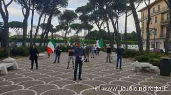 """""""Non è un bavaglio"""", Mascherine tricolori anche a Pontedera - IlCuoioInDiretta"""