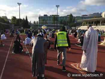 A Levallois-Perret, des centaines de fidèles ont célébré l'Aïd el-Fitr au stade - Le Parisien
