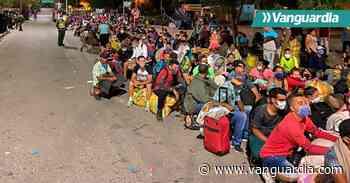 Migrantes venezolanos atrapados en el puente internacional Simón Bolívar - Vanguardia