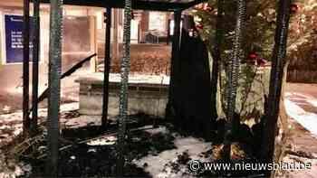 Kerststal Watermaal-Bosvoorde brandt af: burgemeester gaat uit van kwaad opzet - Het Nieuwsblad