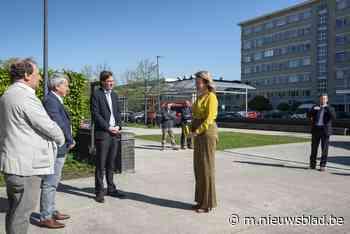 """Koningin Mathilde bezoekt UZ Gent: """"Ze wilde onze zorgverleners steunen"""" - Het Nieuwsblad"""