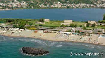 Spiagge a Bacoli: prenotazione anche per le spiagge libere - Napolike