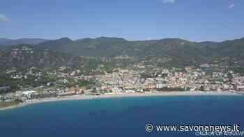 """Spiagge libere a Spotorno, il comune adotta il progetto di distanziamento con stalli """"alla francese"""" e un app di prenotazione - SavonaNews.it"""