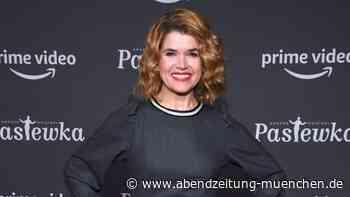 Karrierebeginn mit zehn Jahren: Anke Engelke: Was macht die Komikerin heute?