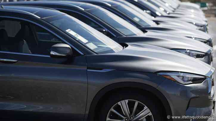 Mercato auto, anche maggio è da dimenticare: immatricolazioni dimezzate in Italia