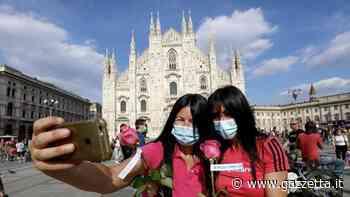 Non c'è il Giro? Piazza Duomo è comunque rosa con il flash-mob per la bici - La Gazzetta dello Sport