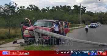 Venían de sepelio y chocan su camioneta en Ciudad Victoria - Hoy Tamaulipas