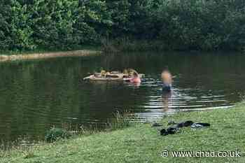 'Reckless' swimmers 'putting lives at risk' in Sutton pond - Mansfield and Ashfield Chad