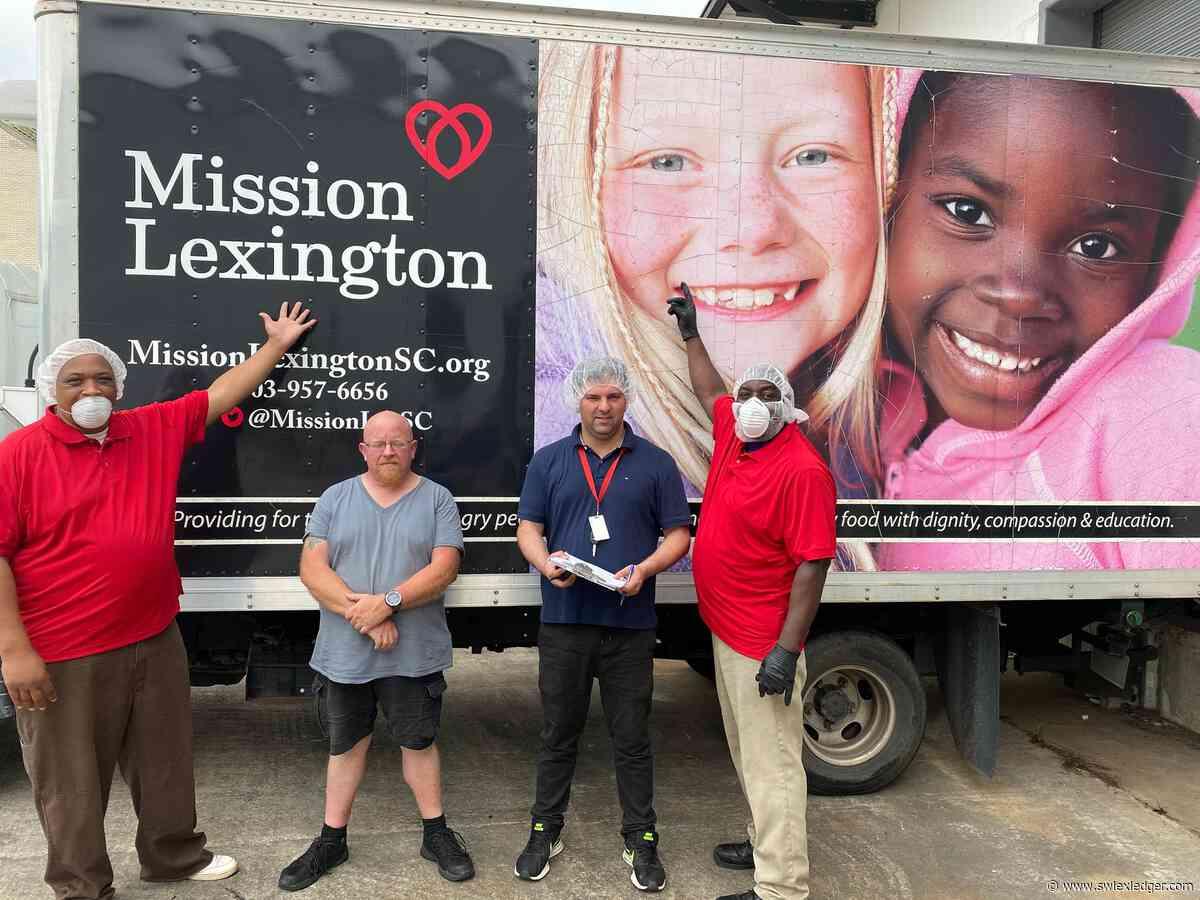 Mission Lexington receives donation from Palmetto Gourmet Food - swlexledger.com